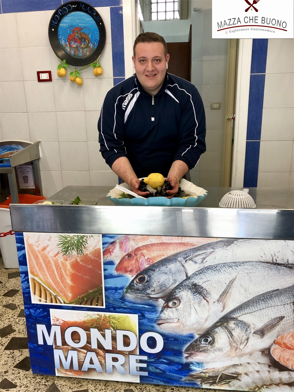 "Pescheria ""Mondo Mare"" Di Gionatan Pizzuti A Montecorvino Rovella (SA)"