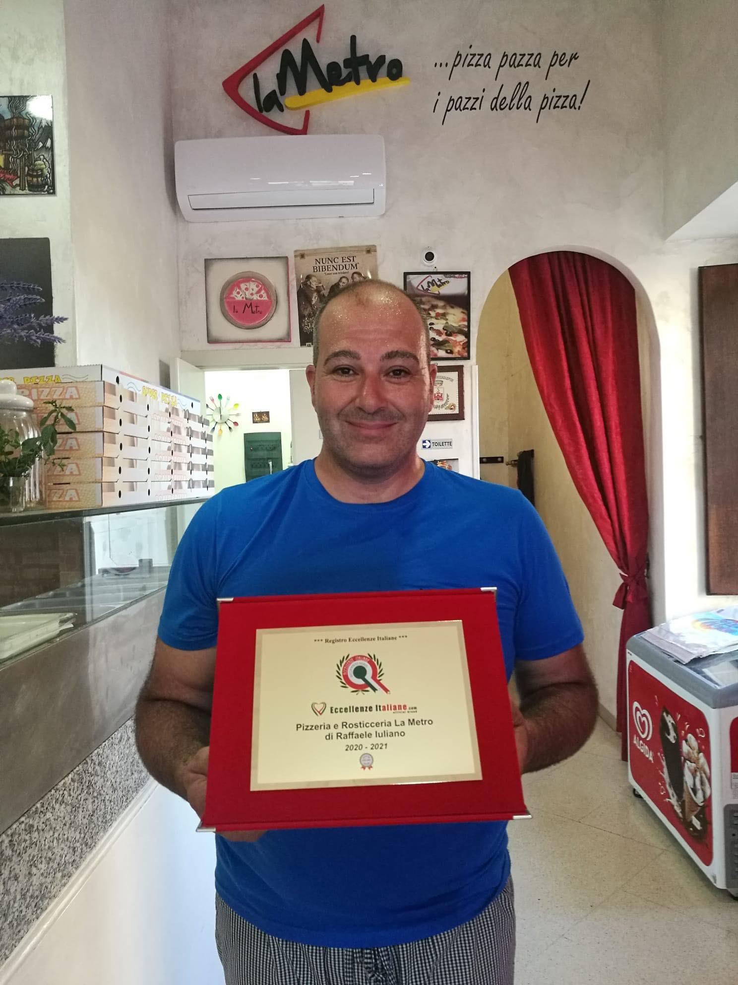 """Pizzeria """"La Metro"""" Di Raffaele Iuliano Tra Le Eccellenze Italiane"""